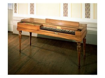 击弦古钢琴