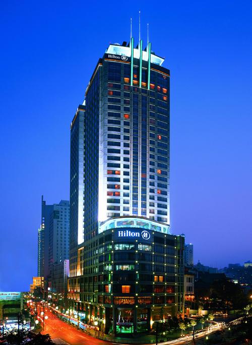 希尔顿国际酒店集团经营管理着403间酒店