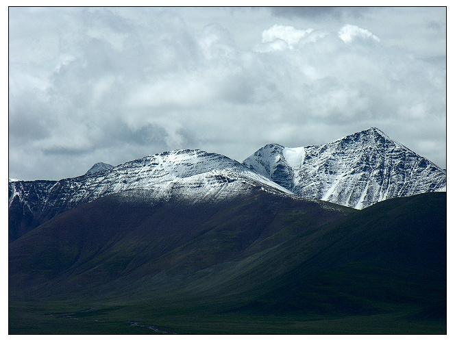 古风手绘雪山图片