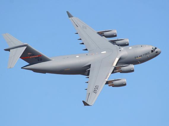 不要射��c�_c-17融战略和战术空运能力于一身,是目前世界上唯一可以同时适应战略