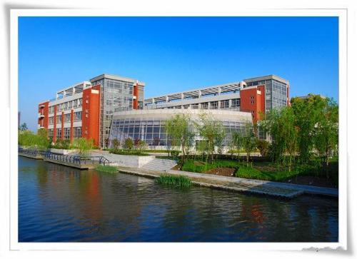 上海交通大学是前国家主席江泽民和中国导弹之父钱学