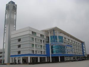 海南省海口市第一材料中学回国没毕业证高中v材料留学生图片
