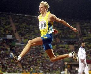 三级跳怎么跳_奥运会三级跳远