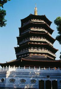 杭州雷峰塔遗址图片