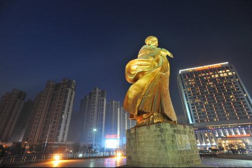 襄阳市位于湖北省西北部