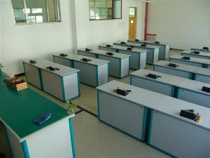 新疆克拉玛依市实验中学