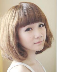 发型类似梨形 由日本