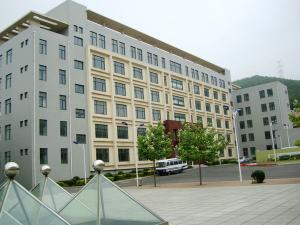 江苏大连高中渤海高中收费标准图片