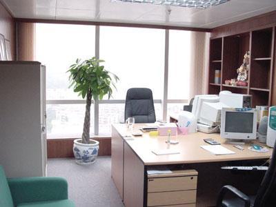 300平米办公室装修设计