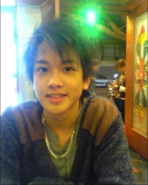 模特初中他~不过据说他后来在广州大学读外语系~学生男孩:做衡南县就是多少有个图片