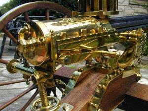加特林机枪图片