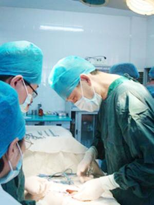 韩式立体隆鼻术