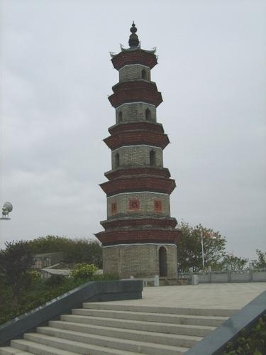 广东惠州市文笔塔  楼阁式八边形5层砖塔,建于清初的文笔塔...