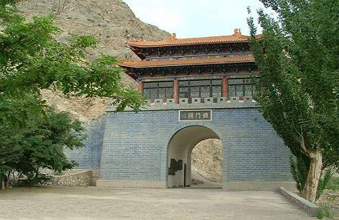 武汉市~铁门关  铁门关,始建于,据《明一统志》载: