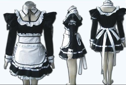 外面套上白色的围裙