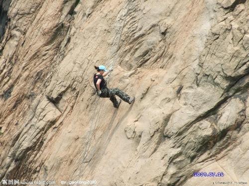 攀岩   速度攀岩   如同田径比赛里的百米比赛充满韵律感...