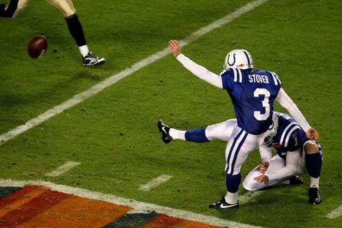 美式橄榄球 美式足球   美式足球   激烈的体能运动   综...