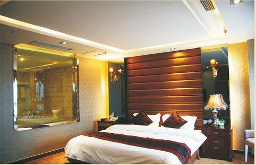 蓝丁国际酒店客房