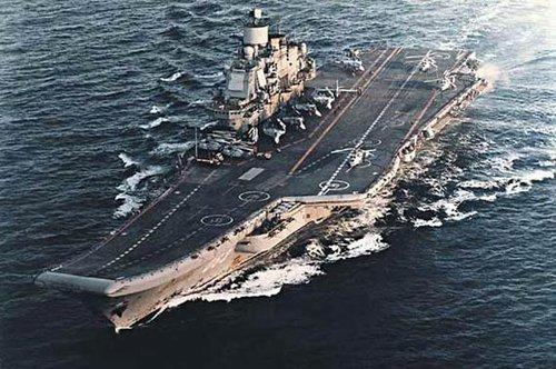 被发现后,航母编队就要面对敌人多方向,多批次的频繁袭扰和攻击,疲于