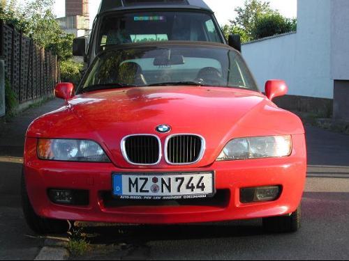 宝马Z3  BMW公司的历史始于1916年,在中国大陆早年翻译...