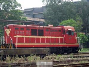 东方红7型内燃机车