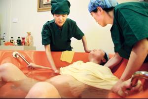 女人分娩高清图片分娩女人分娩视频过程中国妇女分娩