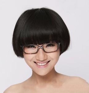 蘑菇头是很可爱的一种发型