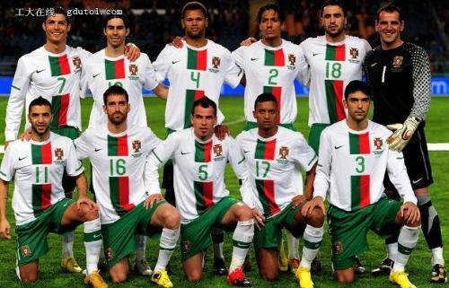 """国家男子足球队是唯一获誉""""欧洲的巴西队""""美称的球队,但在世界大赛上图片"""