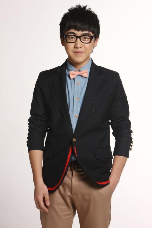 刘心(中国内地新生代歌手,音乐人)图片