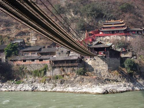 有关泸定桥的资料_泸定桥革命文物陈列馆-搜狗百科