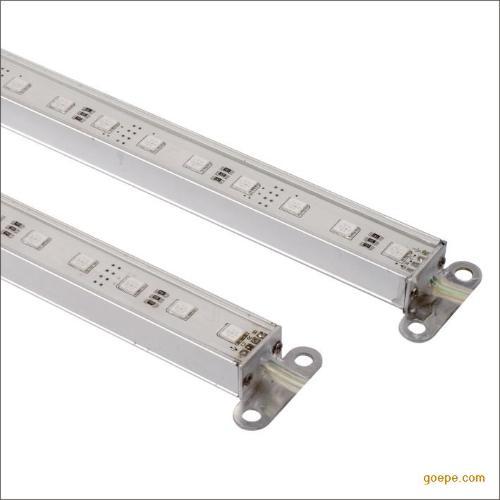 其安装和照射效果不同,可分为led柜台灯条和led柜台立杆射灯.
