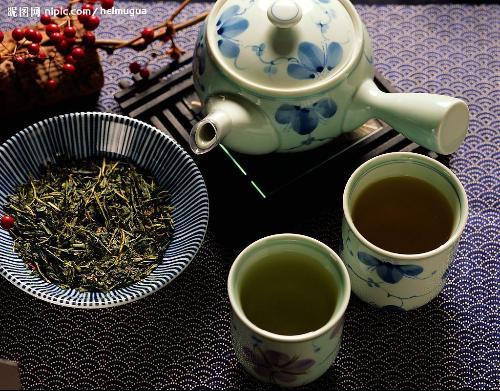 景德镇陶瓷茶具   景德镇是\
