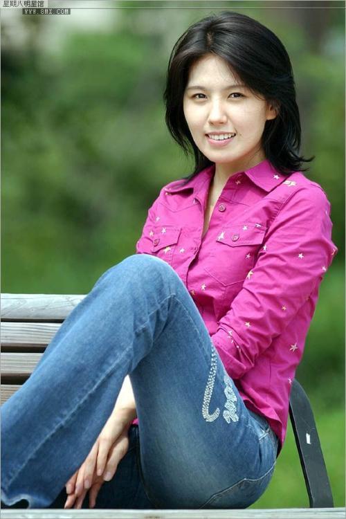 在李恩珠可能是由于《红字》裸露戏遭非议而自