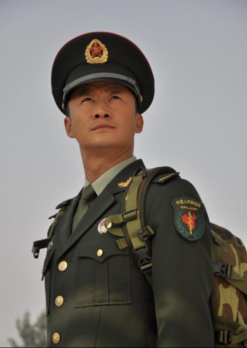 吴京出演《我是特种兵之国之利刃》图片