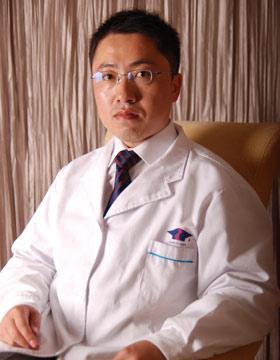 青岛博士整形医生-王建宇