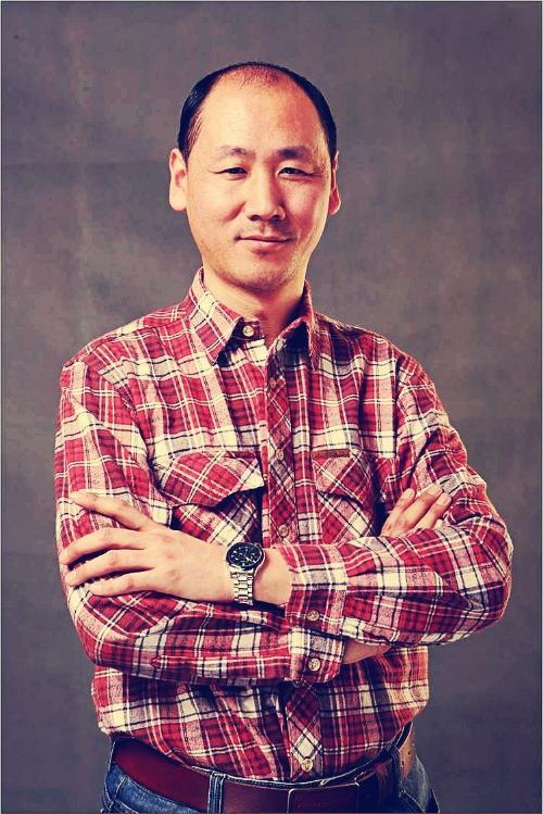 设计师 职称:国家注册高级建筑师      工作单位:北京鸣仁装饰工程图片