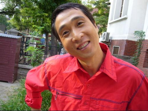 杨光的快乐生活 是由著名相声演员杨议