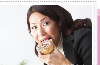 运动少、轻体力劳动者,每天的食糖量不要多于20