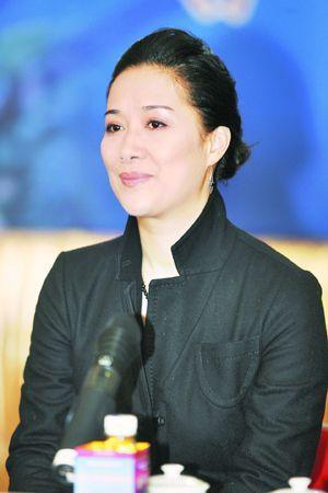茅威涛茅威涛,生于1962年,祖籍.她17岁从艺,高中毕业后于...