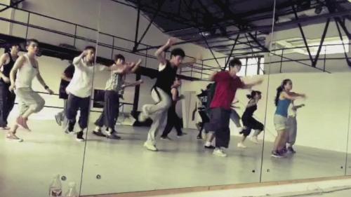 舞蹈基础教学视频