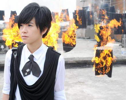 张芸京2012最新专辑的封面照