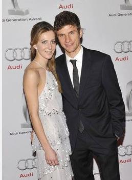 托马斯·穆勒与妻子丽莎