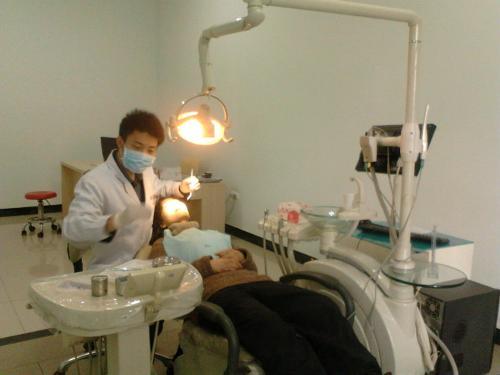 小牙科诊所装修图片