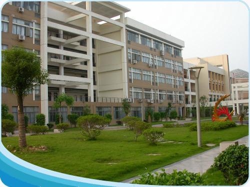 福州大学图书馆与学校同步创建于1958年.图片