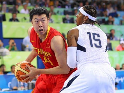 大郅   1998年   年仅22岁、也是中国男篮当时最年轻的王...
