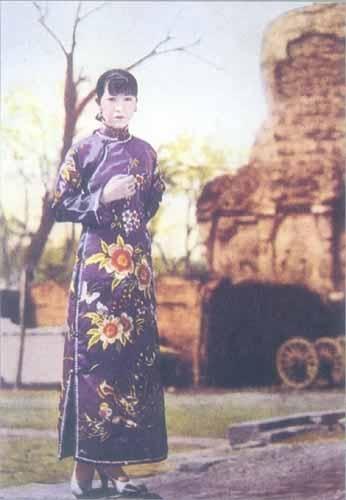 手绘民国旗袍洋装女子