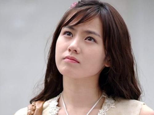 全部版本 历史版本  孙艺珍出生于韩国普通家庭,小时候并不漂亮.