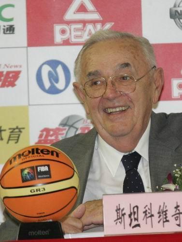 斯坦科维奇   斯坦科维奇洲际   篮球   冠军杯   比赛是...
