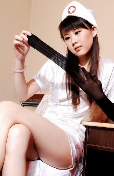 欧美丝袜性_美腿 国外美女; 漂亮女护士的丝袜美腿制服诱惑; \