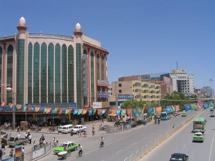 喀什经济特区_...你一齐驾车畅游喀什 领略当地传统风俗